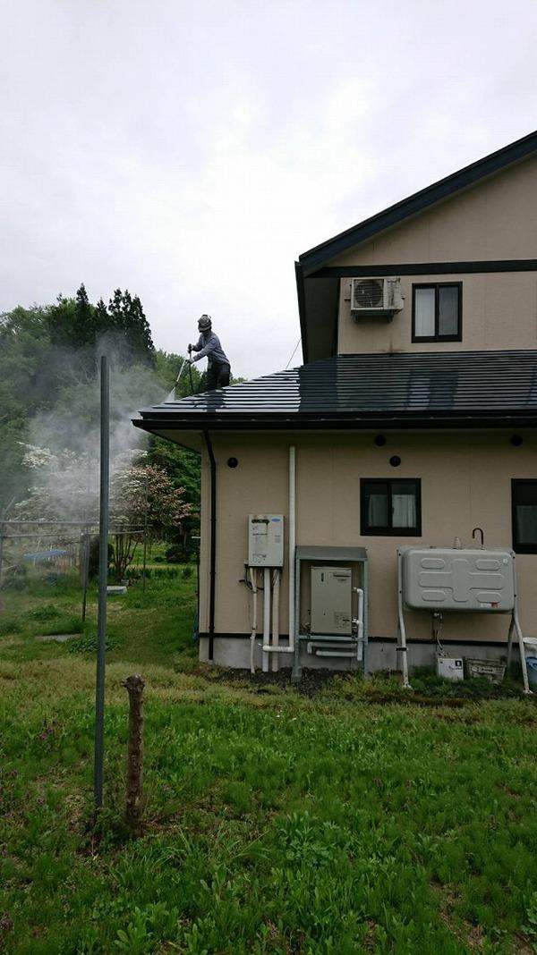 西置賜郡白鷹町K様 屋根塗装のサムネイル
